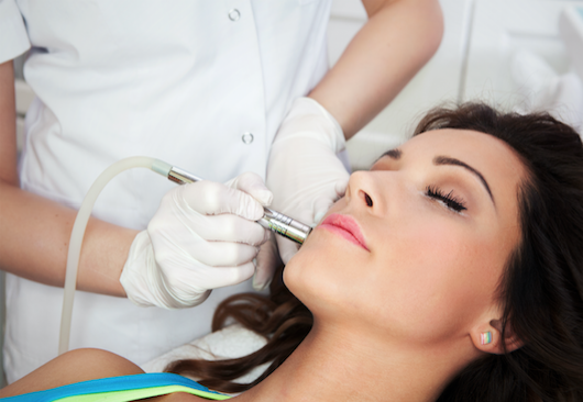 Laser Treatments in Queens Gate, Pa